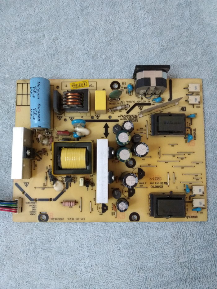 плата блока питания я инвертора монитора LG W2234