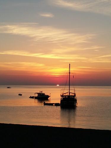 Восход солнца в окрестностях Антальи